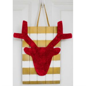 Deer Slat Door Hang