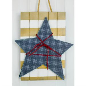 Star Slat Door Hang
